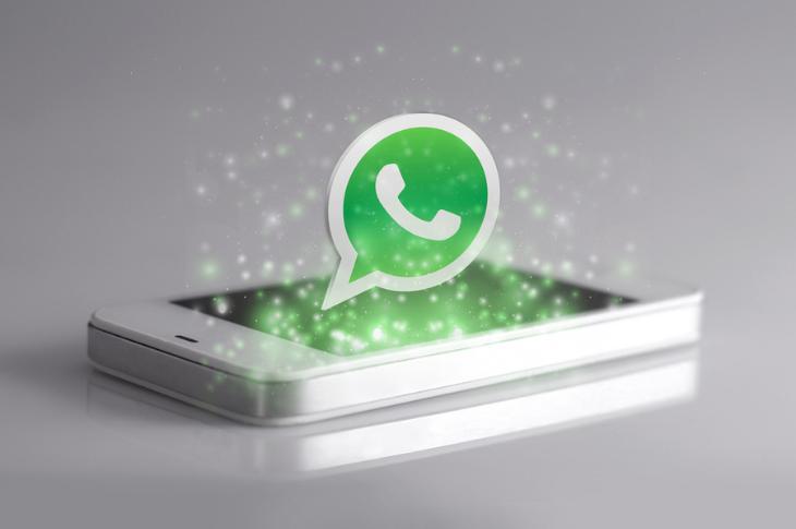 Envía mensajes invisibles desde WhatsApp