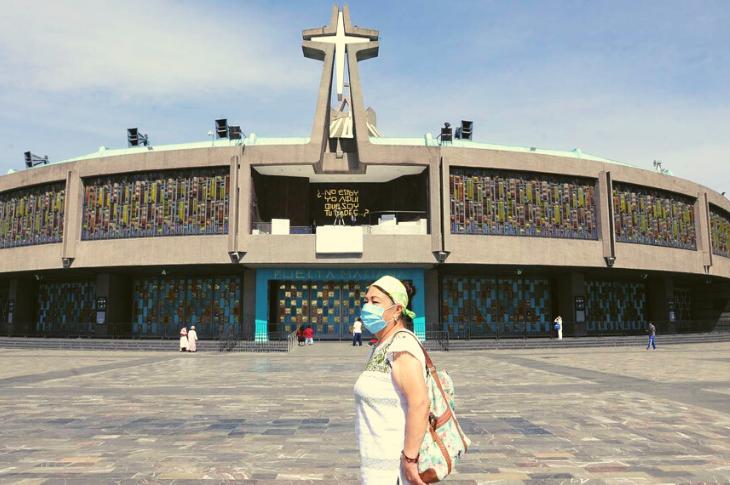 Centros religiosos reabrirán con tecnología para contener COVID-19