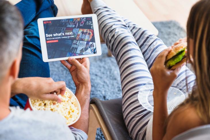Consumo de entretenimiento y apps de delivery en cuarentena