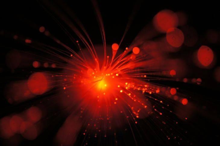 Fibra óptica ¿Qué es?, tipos, características y ventajas (Infografía)