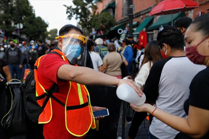 México recupera sus niveles de empleo de forma lenta e incompleta