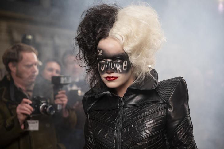 Cruella estreno, galería interactiva del elenco y dónde ver
