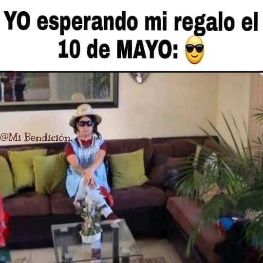 Memes del 10 de mayo