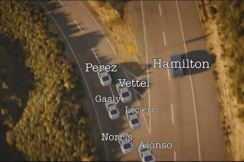 Memes de Checo Pérez campeón del GP de Azerbaiyán