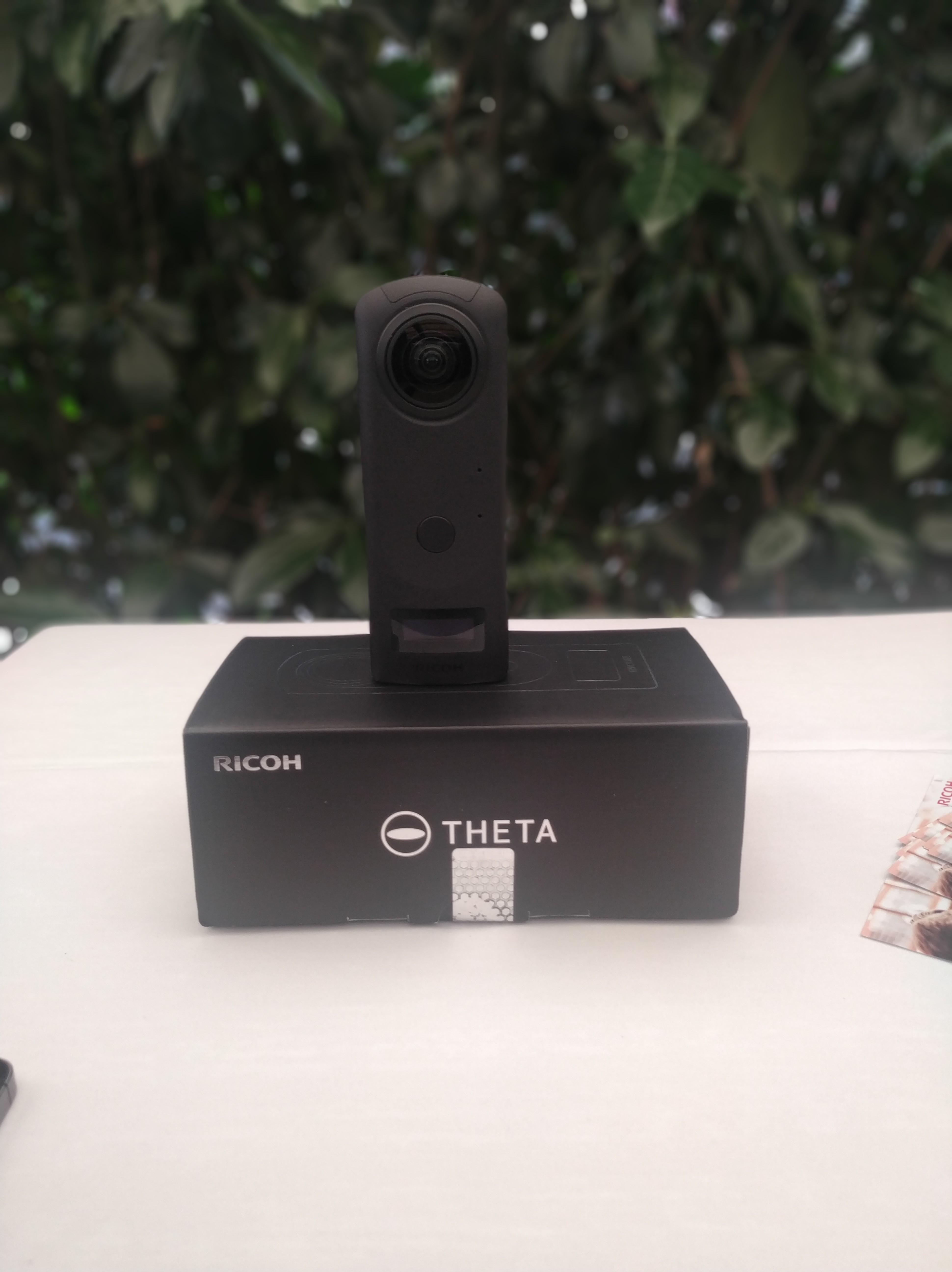 Ricoh Theta Z1: cámara 360 con máxima calidad de imagen