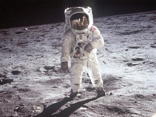 La NASA enviará a su primer mujer a la Luna