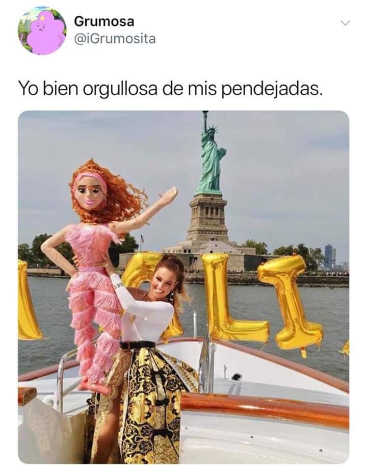 memes Thalía