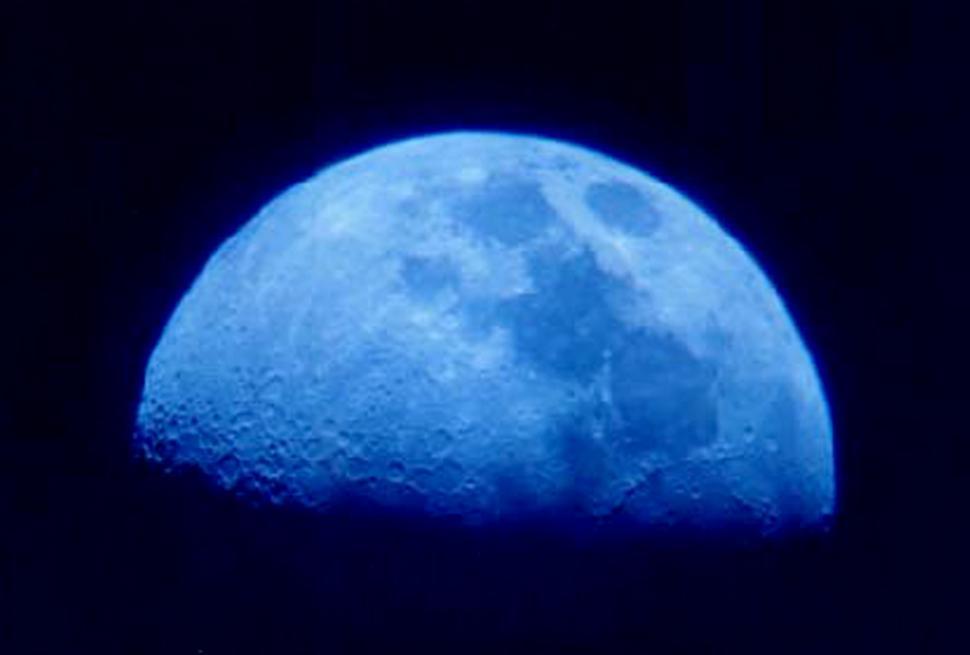 Luna azul en Calendario Astronómico 2019