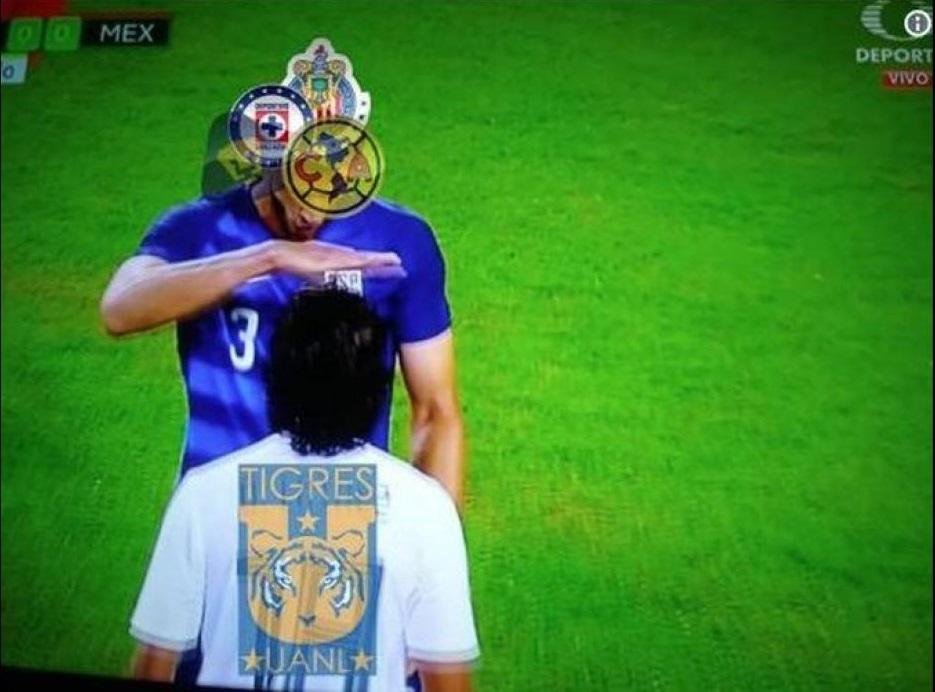 Jugador de EU se burla de Diego Lainez