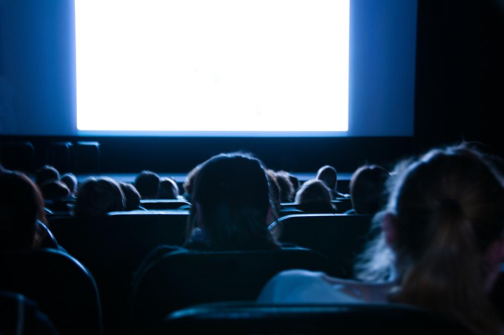 Cines y teatros