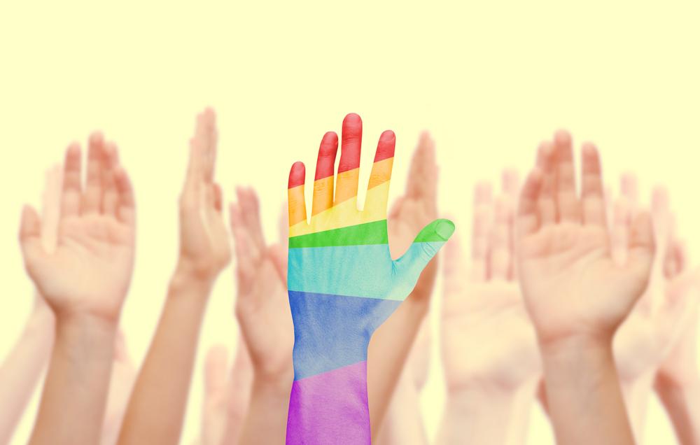 Inclusión laboral de migrantes de la comunidad LGBT+ por AT&T