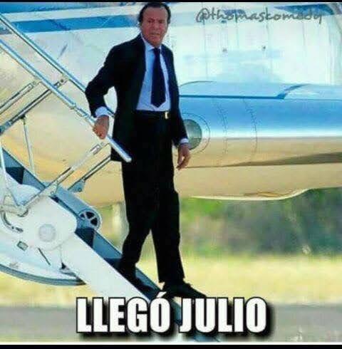 Memes de Julio Iglesias