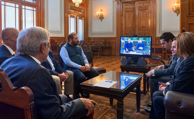 AMLO se reúne con Mark Zuckerberg