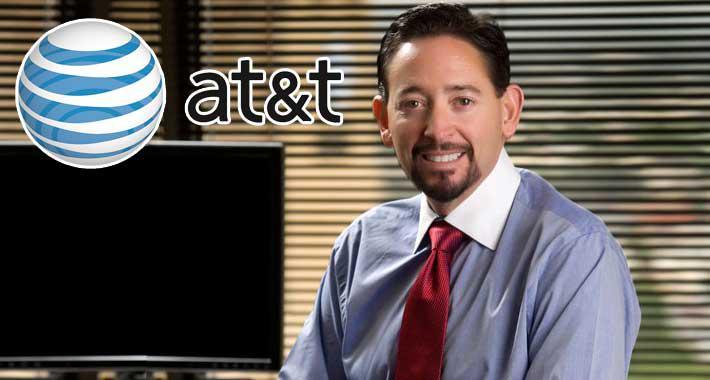 Thaddeus Arroyo, Director General de AT&T México