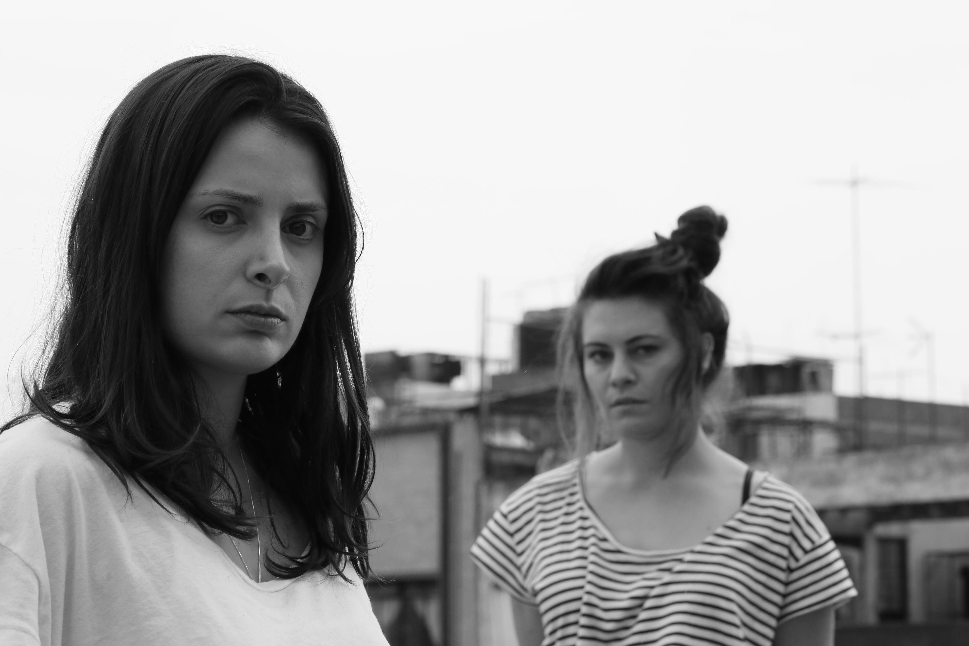 Siouzana Melikian es Luisa en Ayer Maravilla Fui.