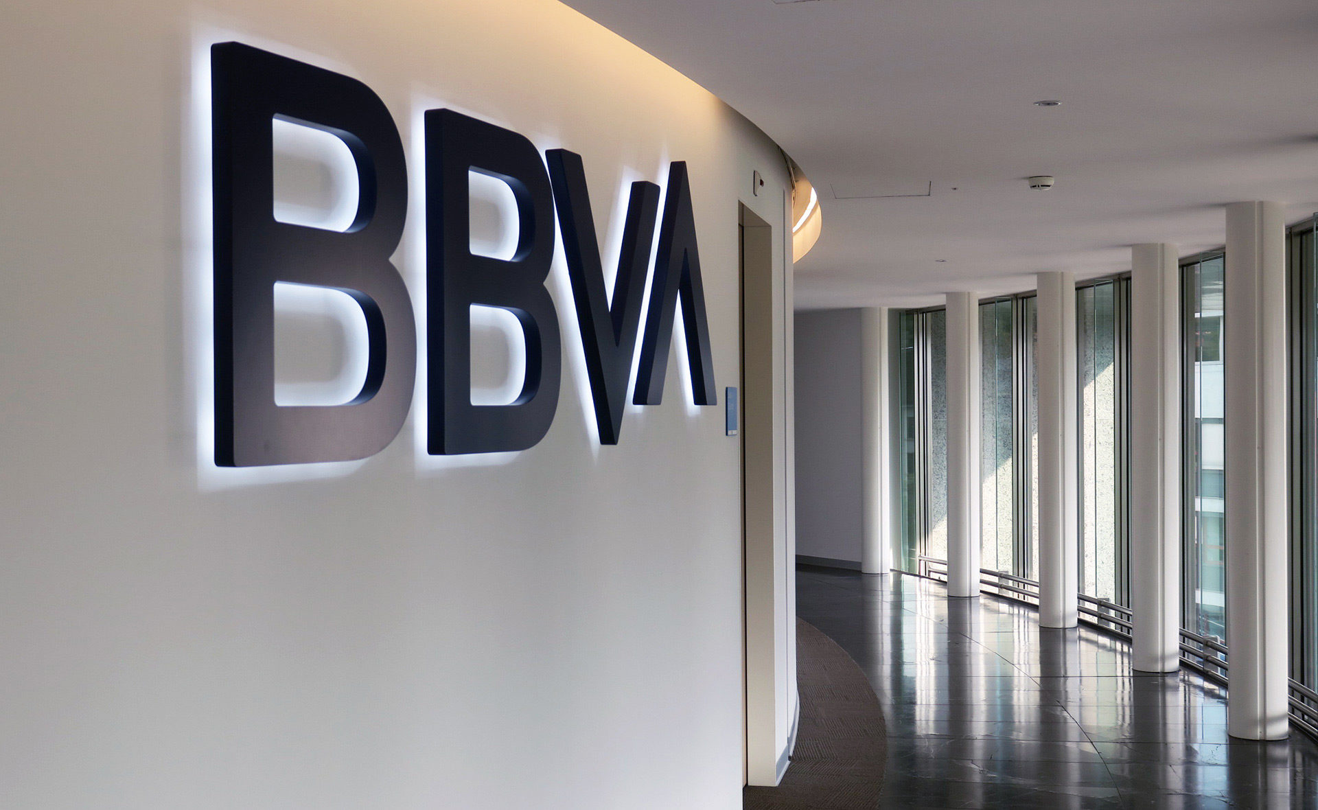 BBVA lanza servicio de criptomonedas Bitcoin | PandaAncha.mx