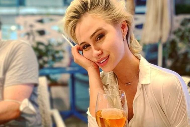Irina Nowak/Maria Bakalova es Tutar Sagdiyev