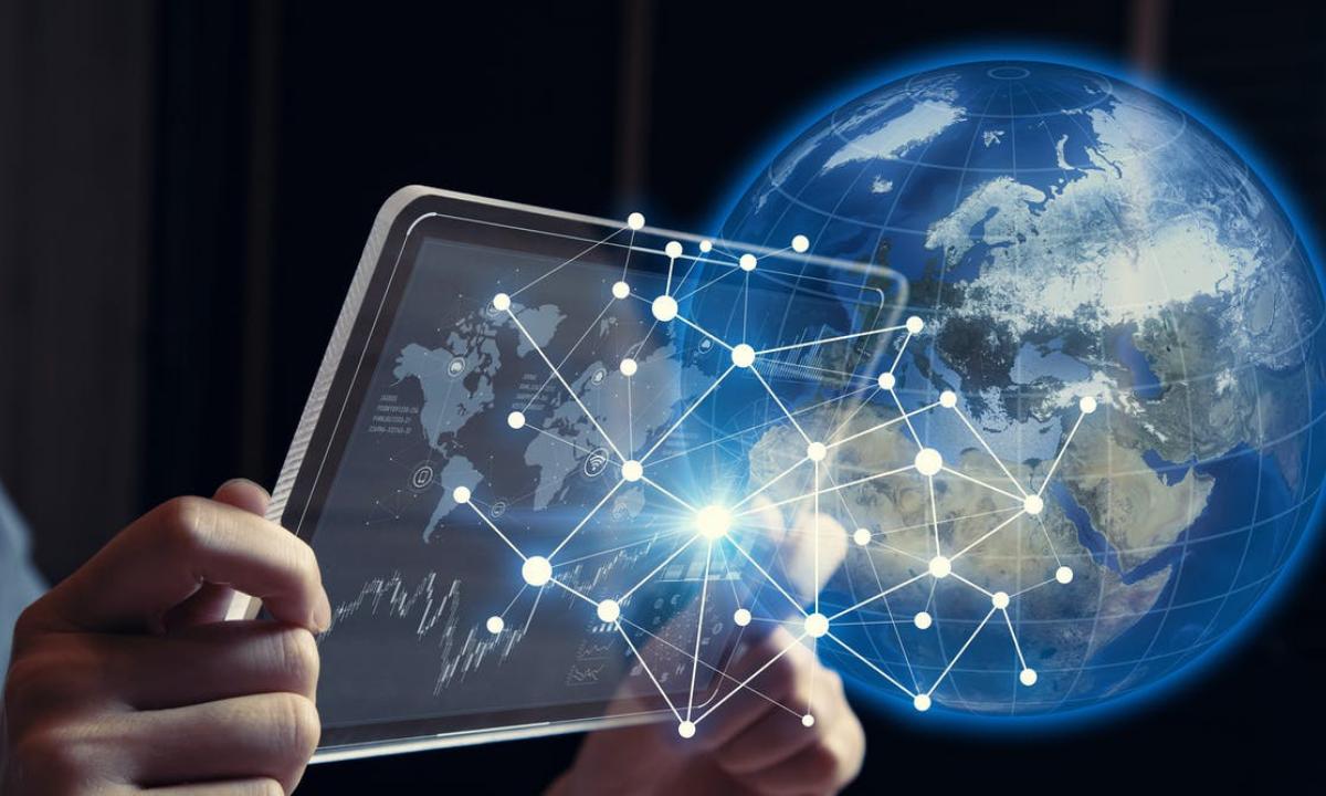 $428 mil millones de dólares (USD) para que tres mil millones de personas de 10 años o más tengan acceso a Internet en 2030.