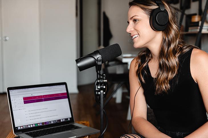 Descubre los secretos para crear un podcast a tu medida