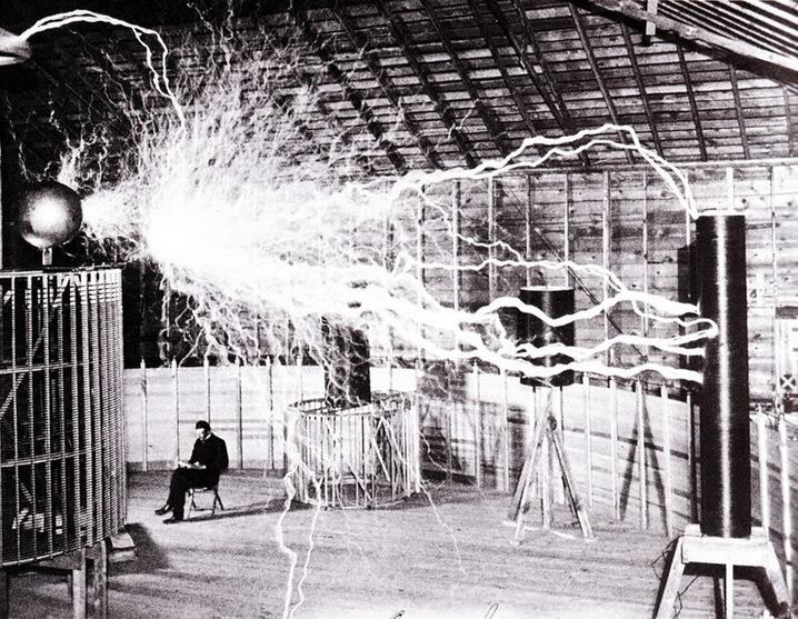 Laboratorio Nikola Tesla