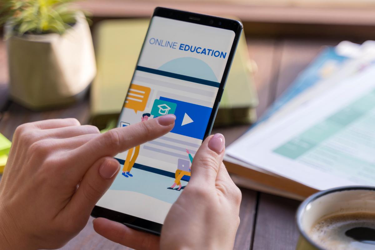 Cómo elegir una universidad en línea en México