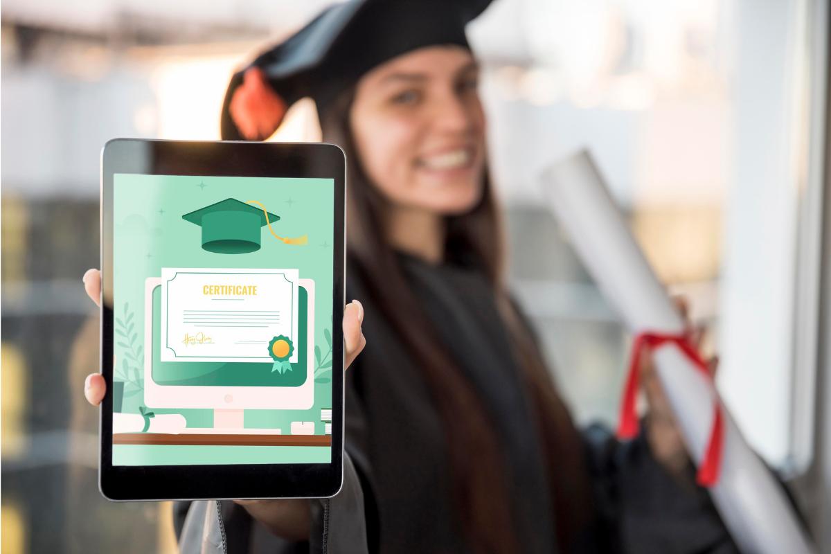 ¿Cómo es la forma de titulación en tu universidad en línea?