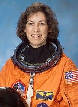 Ellen Ochoa, primer mujer latinoamericana en el espacio