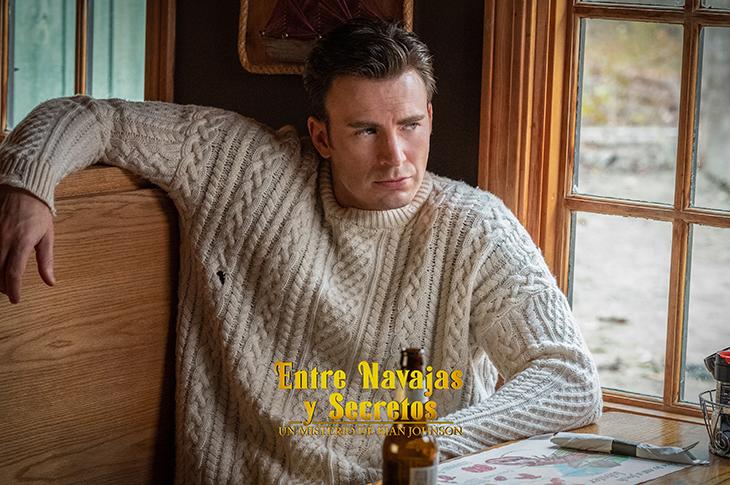 Chris Evans como Ransom en Entre Navajas y Secretos