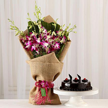 Envía flores a México con un pastel y dale una sorpresa a mamá este Día de la Madre.
