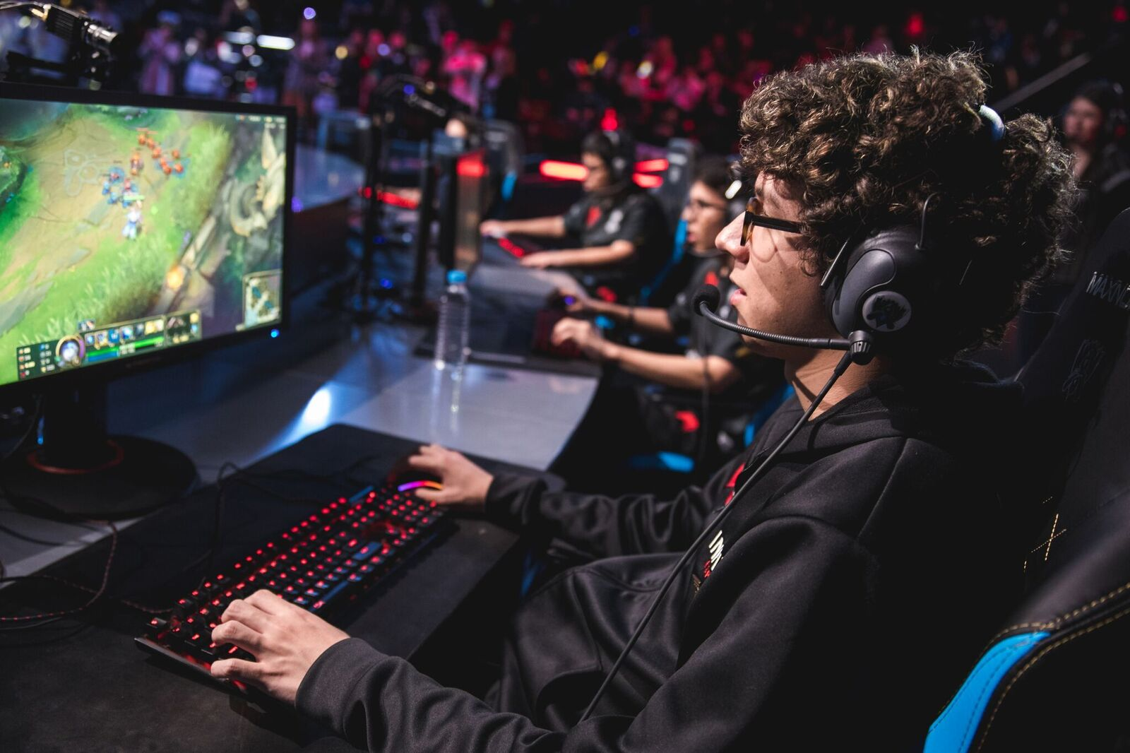 Infinity Esports logra avanzar en el mundial de League of Legends