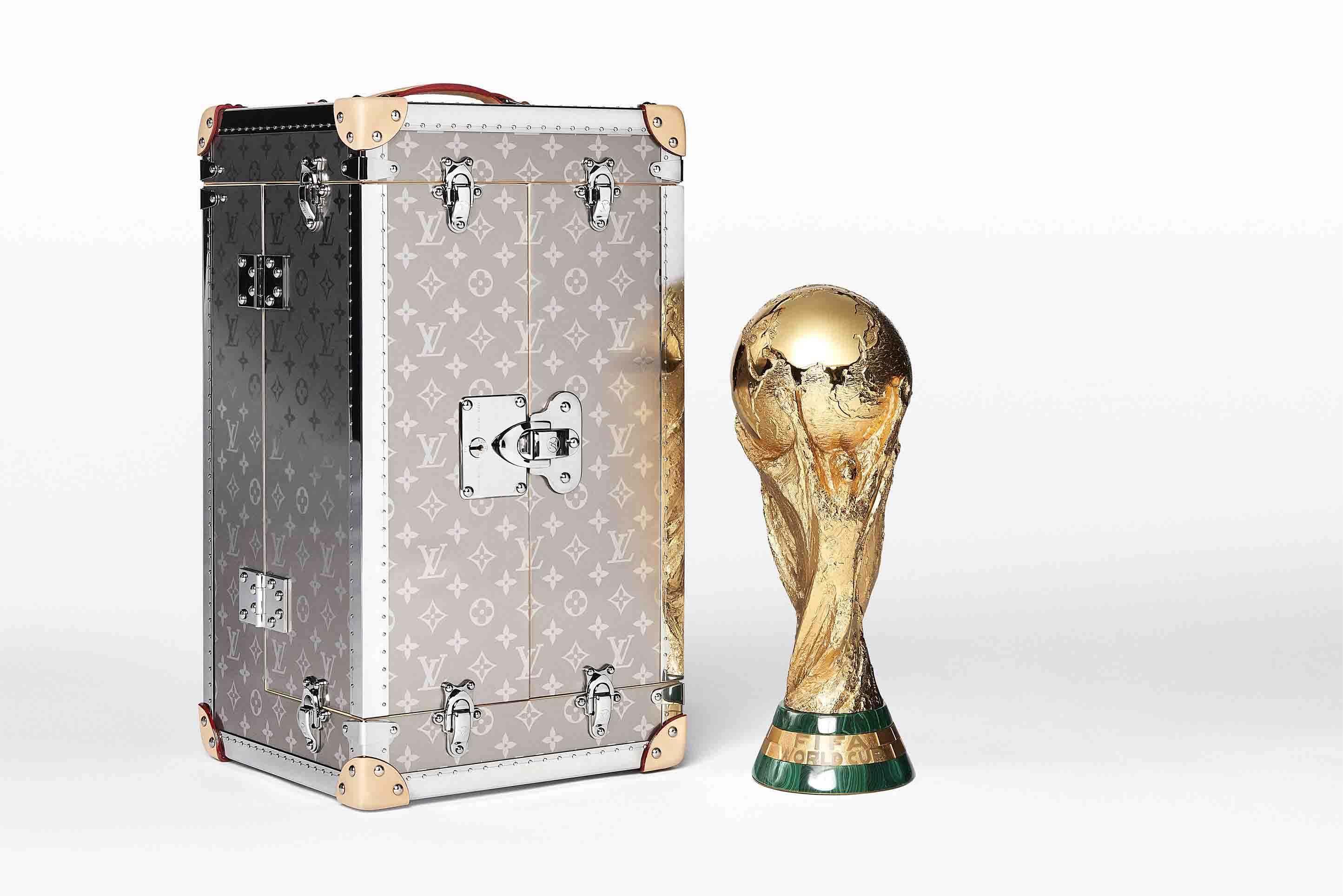 Maleta de viaje FIFA Louis Vuitton