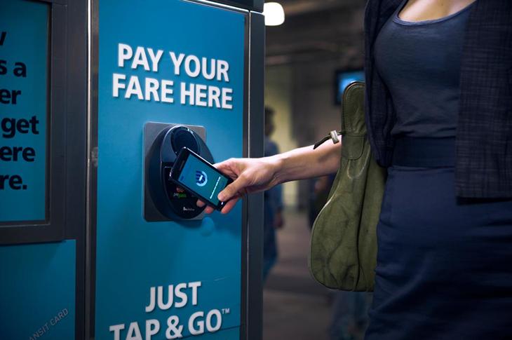 Pago de acceso al transporte por NFC