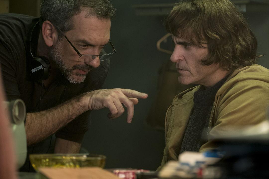 Joker: reseña y galería interactiva del elenco
