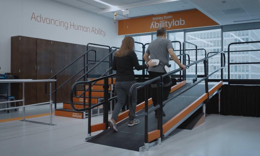 Gems de Samsung ayudan a mejorar la movilidad del exoesqueleto.