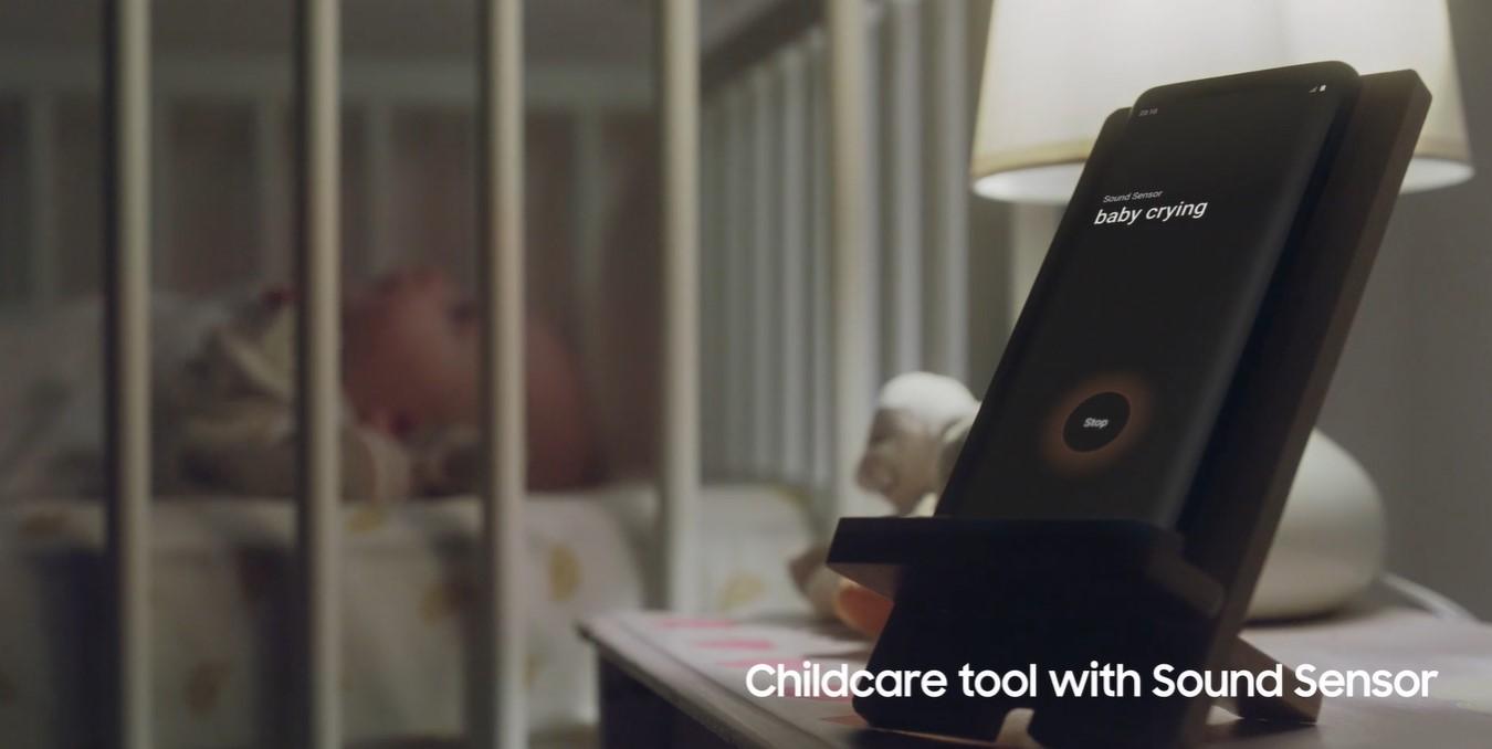 Puedes convertir tu teléfono móvil Galaxy en un dispositivo para el cuidado de los niños que con un sensor de sonido monitorea automáticamente a tus pequeños.