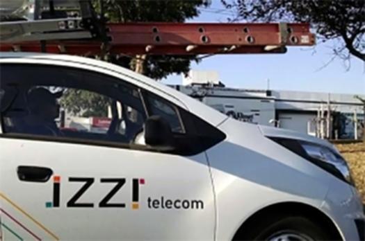 Equipo de trabajo Izzi a tu servicio