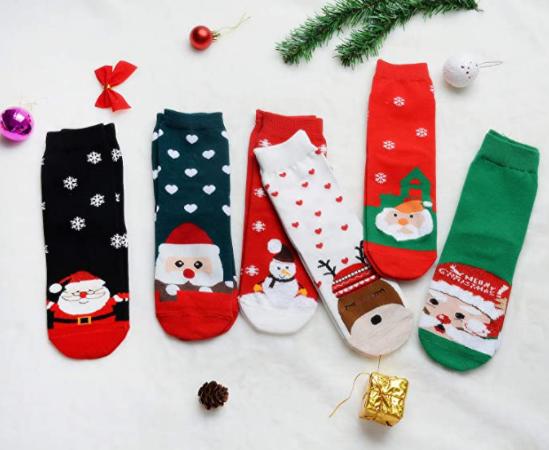 Paquete de calcetines navideños en Amazon