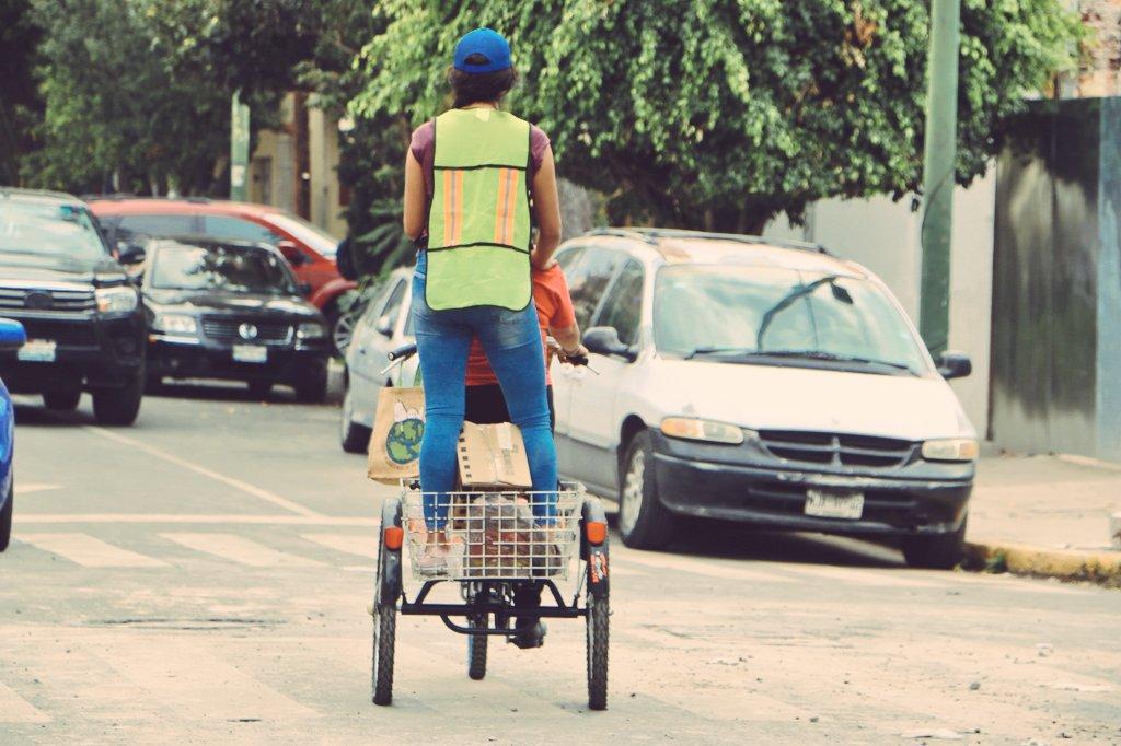 bicicleta víveres sismo cmdx
