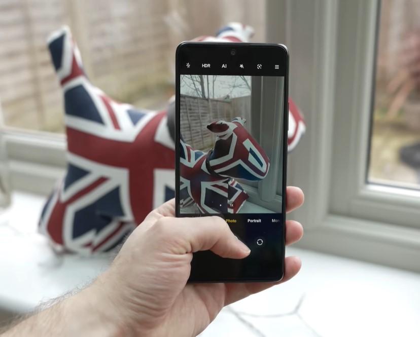 Redmi Note 10 Pro con sus cuatro cámaras de hasta 108 MP es el rey de la fotografía móvil.